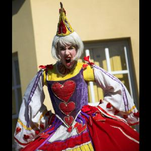 The Queen of hearts character actor