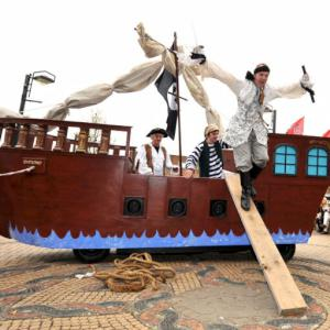 electrically powered pirate ship