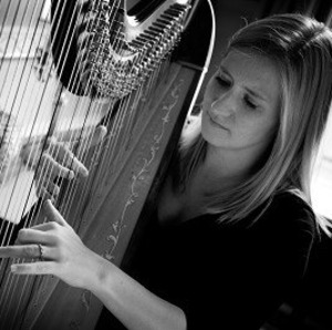 Harpist- classical, folk and popular