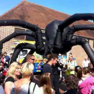 Giant Spider Puppet in a crowd